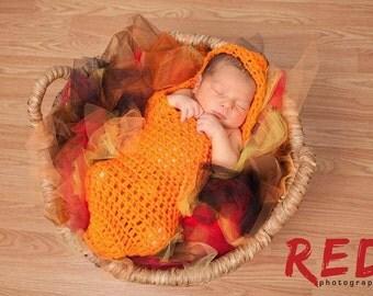Baby cocoon prop