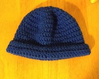 Men's beanie hat in royal blue