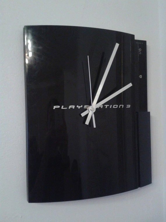 PS3 (Playstation 3) Recycled Clock