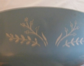 Reduced Blue vintage casserole dish