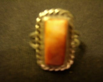 Vintage Native American Silver Ring with Shell Stone