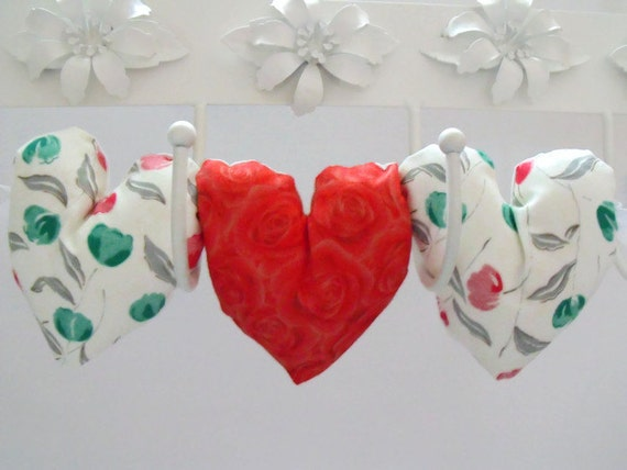 decorative fabric hanging heart garland, floral print decorative plush hearts, hanging decoration, wall decor