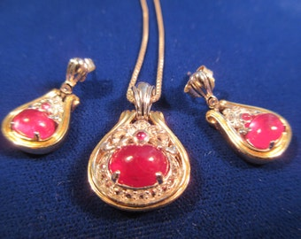 Vintage Sterling Silver Red Gemstone Necklace & Earrings