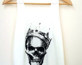 Skull Off White Tank Top matching with necklace.