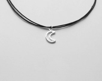 Simple Moon Choker Charm Necklace