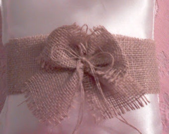 Wedding ring pillow Ivory burlap in the middle