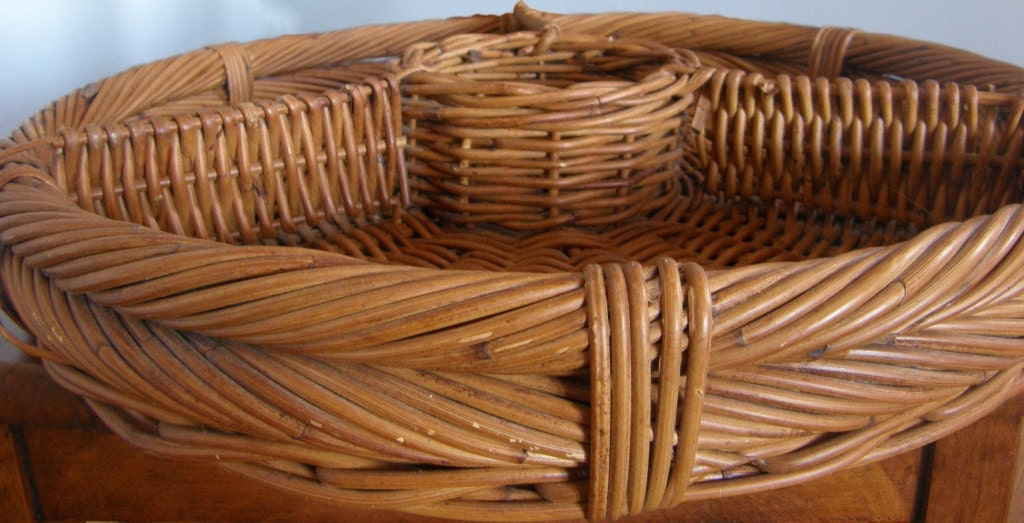 Large natural wicker divided serving basket tray tabletop haute juice - Divided wicker basket ...