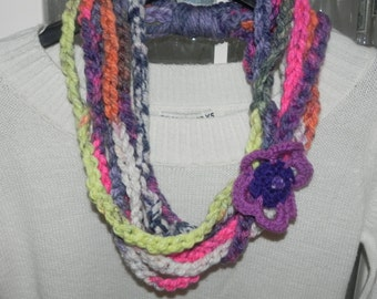 Necklace made with wool blend with crochet flower