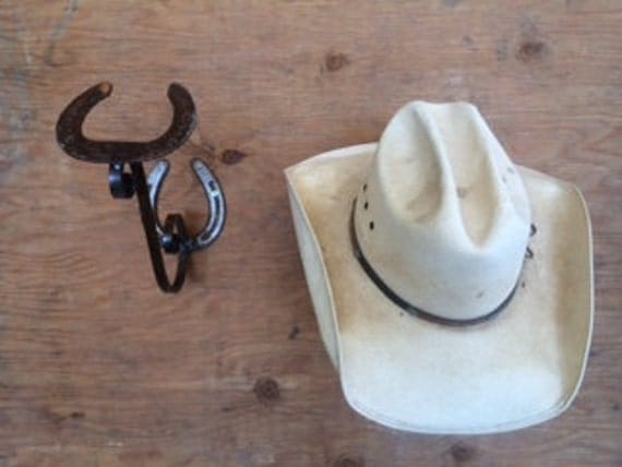 Rod iron horseshoe hat rack used repurpose horseshoes with for Where to buy used horseshoes