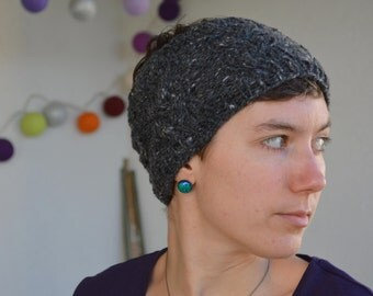 Hip gray handband with braided cable and flecks of white