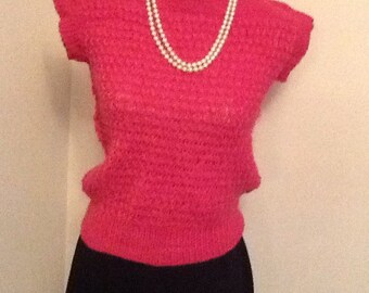 Vintage hand knitted fuchsia pink jumper.