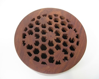 Round Wood Box - Fretwork Box - Wood Jewelry Box - Rustic Box - Wood Box With Lid - Keepsake Box - Hand Carved Box - Hand Carved Wood