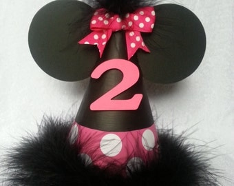 Minnie Mouse birthday party hat; dark pink; hot pink