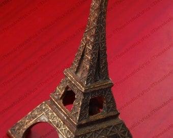 Love Eiffel Tower
