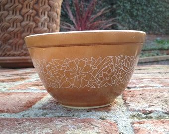 Pyrex Small Mixing Bowl Woodland Brown 401 750 ml