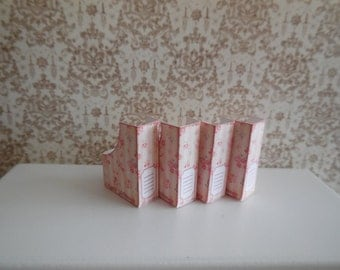 1:12 DOLLHOUSE  ARCHIVE BOX, pink lines