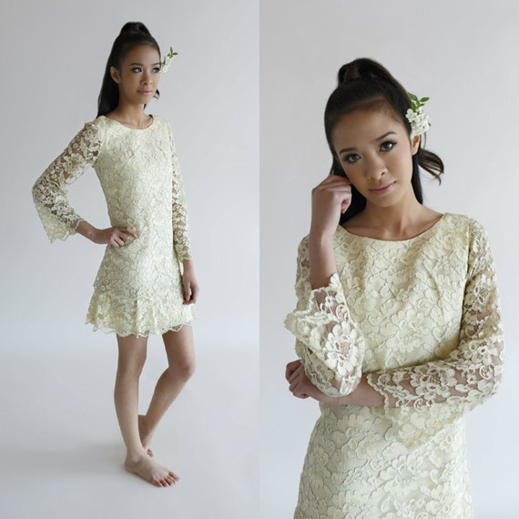 Vintage Wedding Dresses 1960s: Vintage Mini Wedding Dress / 1960s Lace By