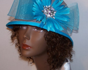 Women's Grey Cloche Straw Hat With Turquoise