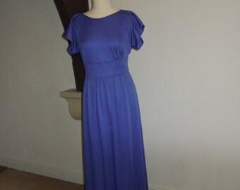Vintage full length lilac dress (EU size 42)