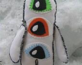 Folk art Rag Doll the Eyes have it