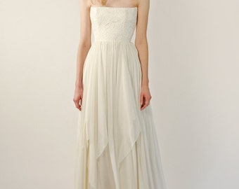Lace and chiffon strapless gown - Vaughn