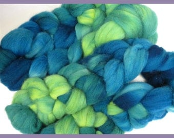 Hand Dyed Merino Top Roving for Hand Spinners, Tropicana, Blue Green