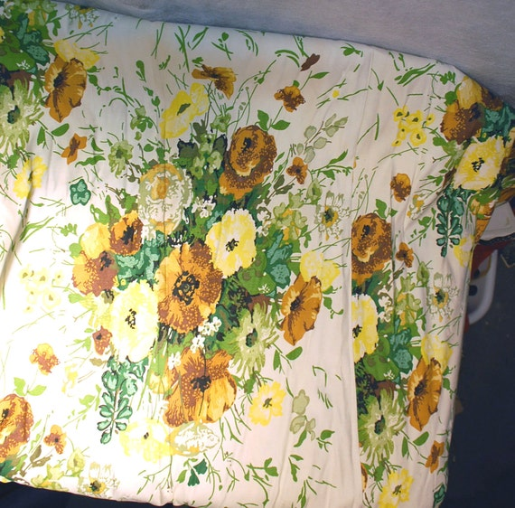 Pair vintage curtains drapes yellow flowers green by secondseed