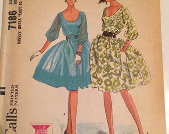 Vintage 1964 McCall's Dress Pattern 7186 - Size 10 Bust 31 - Vintage McCall's Pattern / 60s McCall's / Sewing Pattern / 60s Pattern