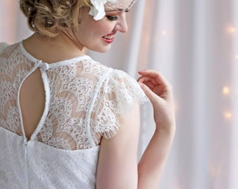 Dotted Ivory Birdcage Veil