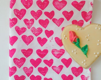 hot pink hearts. block print cloth napkins. set of four.