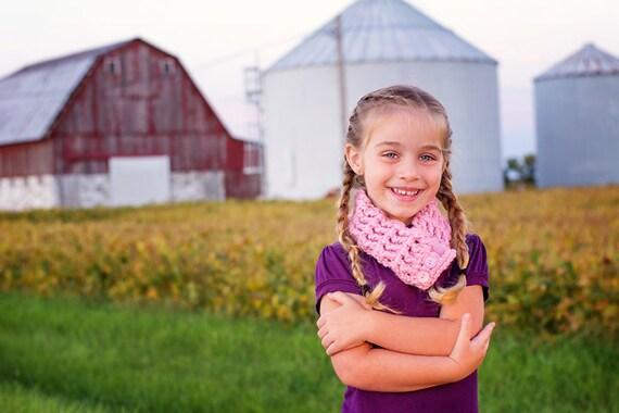 Pink Girls Scarf Pink Girls Scarflette Pink Blossom Pink Scarf Pink Scarflette Chunky Crochet Scarf Crochet Scarflette Button Cowl Warm