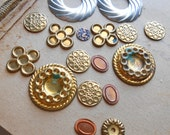 17 pc destash lot of settings and findings vintage old new stock