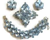 Vintage JULIANA Verified D&E Blue Diamond Rhinestone Bracelet, Brooch and Earrings Demi Parure Set
