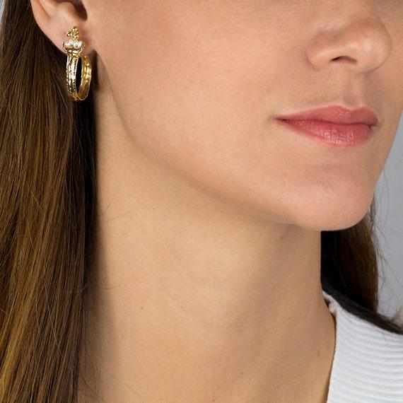 Pearl Hoop Earrings, Golden Crown Hoop Earrings with Pearl, Pearl Jewelry, Handmade Hoop Earrings in 14K Gold Filled, Feminine Jewelry