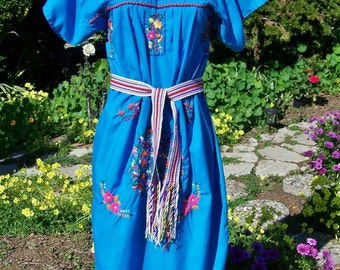 Mexican Dress, Embroidered Mexican, Aqua Mexican dress, Deep sky blue dress, Day of the Dead, Frida Kahlo dress, size M / L