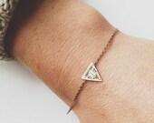 Triangle Symetrié Bracelet