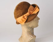 1960s Autumn Cloche Hat: Vintage Brushed Russet Wool Felt, Orange Satin Bow
