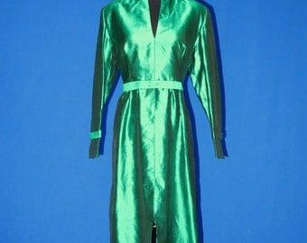 1960s Custom Made Green Dress Size Large