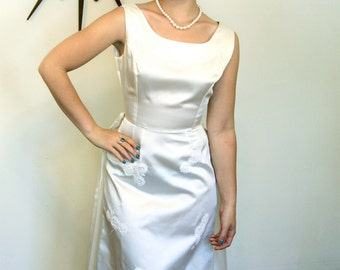 Vintage 1960s/ Ivory Satin/ Wedding Dress/ Long Column/ Sleeveless/ Silk Flowers/ Pearl Lace/ Removable Train/ MAD MEN Era/ 60s/ White Gown
