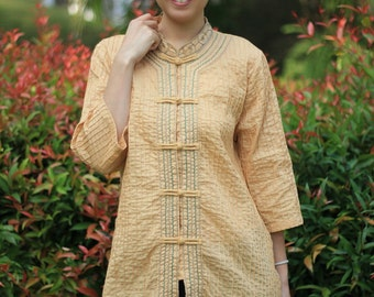 SALE 29 USD--B132---Beautiful cotton blouse with pleats and embroidery