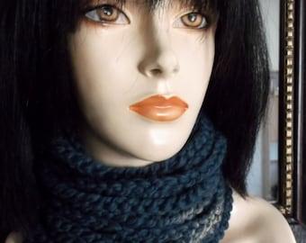 Hand Crochet Chain Neckwarmer, Chain Warmer, Chain Cowl. CHOOSE YOUR COLOR