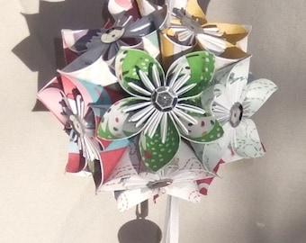 Christmas Tree Ornament  'Cheerful' Small, Christmas Decor, Origami Ornament, Flower Ball, Fan Pull, Christmas Ball, Paper Flowers, Pomander