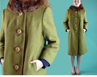 1950s Womens Vintage Wool Coat / Green Boucle Wool Trapeze Coat Mink Collar 50s Princess Coat Winter Coat Bell Sleeve Bakelite Buttons S / M