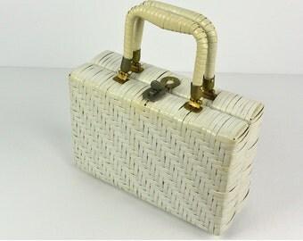 1950s White Wicker Purse / 50s Straw Handbag / Mid Century Vintage Wicker Box Purse / Made in British Hong Kong