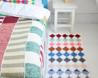 wood & wool harlequin rug pattern