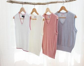 1970s Sweater Vest - Solid Off White - Vintage 70s Knit Vest - S