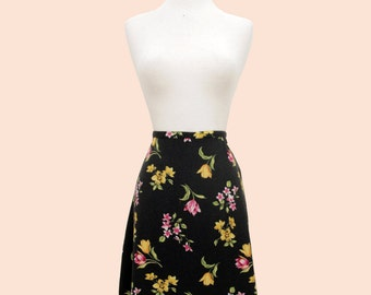 90's Vintage Black Floral A-Line Skirt with Pink and Yellow Tulips. Size 10