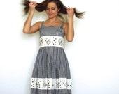 50s Black White Gingham Geometric Neckline Full Dress xs s