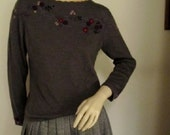 70's Ladies Grey Sweater With Hand  Embroidered Flowers Made in Hong Kong for Lord & Tayor