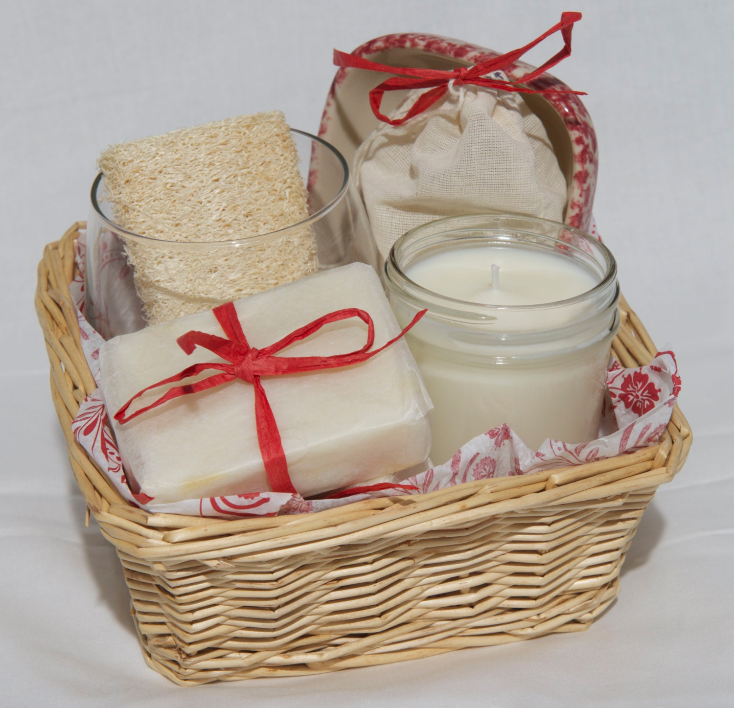 Handmade Basket Gifts : Valentine soap spa gift set basket soy candle and